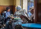 Starsi ludzie lądują w Etiopii na marginesie