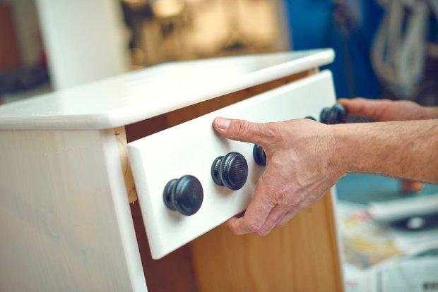 Zrób to sam kuchenka dla dziecka ze starej szafki  zdjęcie nr 4 -> Kuchnia Dla Dziecka Zrob To Sam