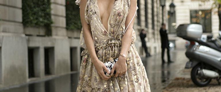 Sukienki na rodzinne spotkania - wygodne fasony w dobrej cenie