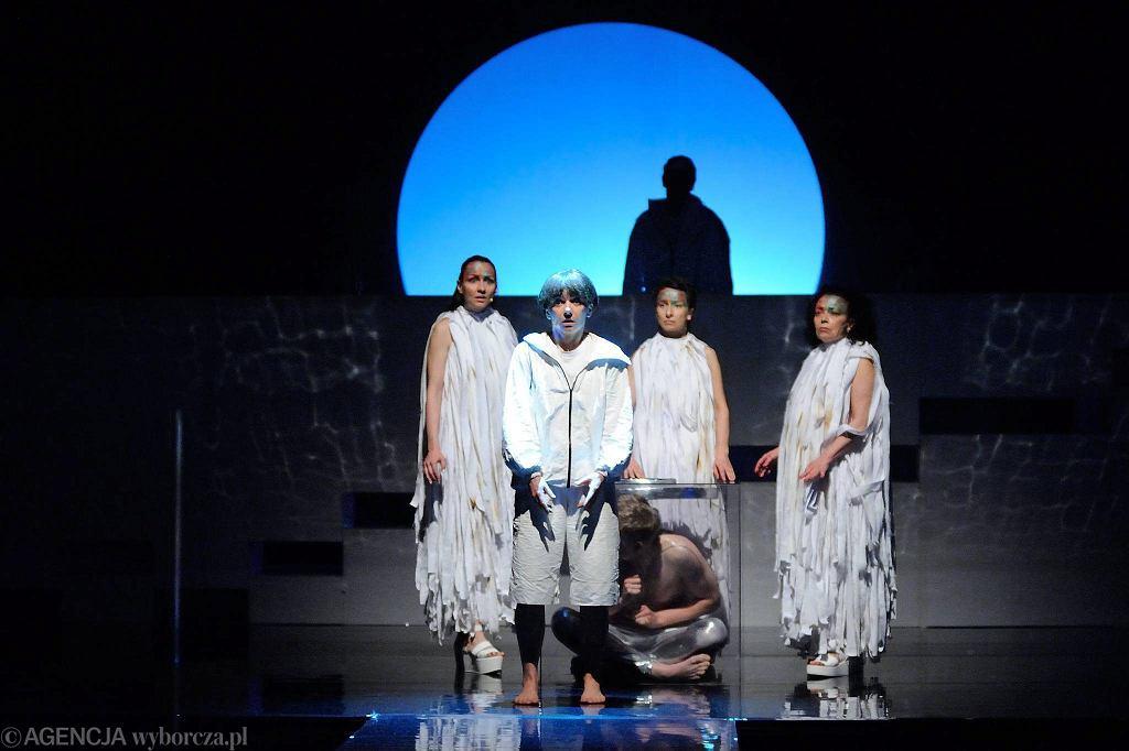 Spektakl Yemaya Królowa Mórz w Teatrze Lalek   / TOMASZ PIETRZYK