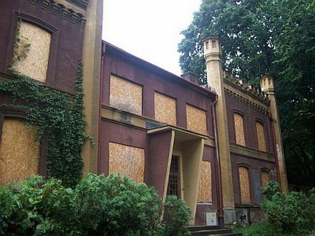 TARNOW PALACYK PARK STRZELECKI