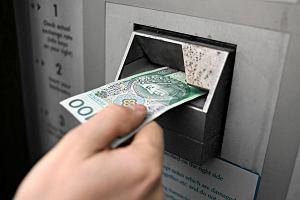 Wpłatomaty nie rozpoznają nowych banknotów