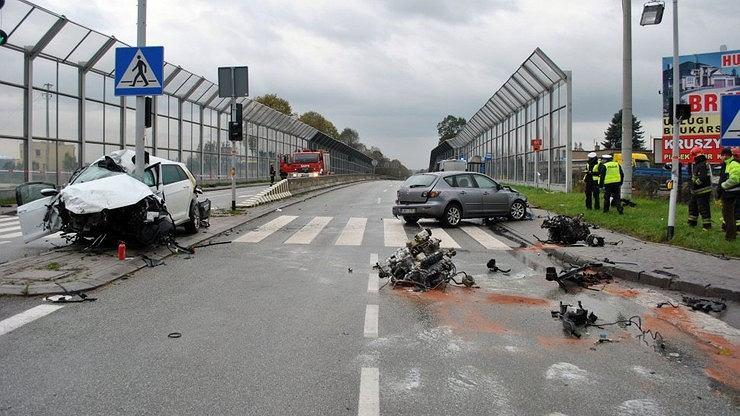 Na krajowej 'wiślance' w miejscowości Orzesze-Gardawice doszło do groźnie wyglądającego wypadku