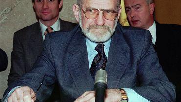 Bronisław Geremek w 1999 r.