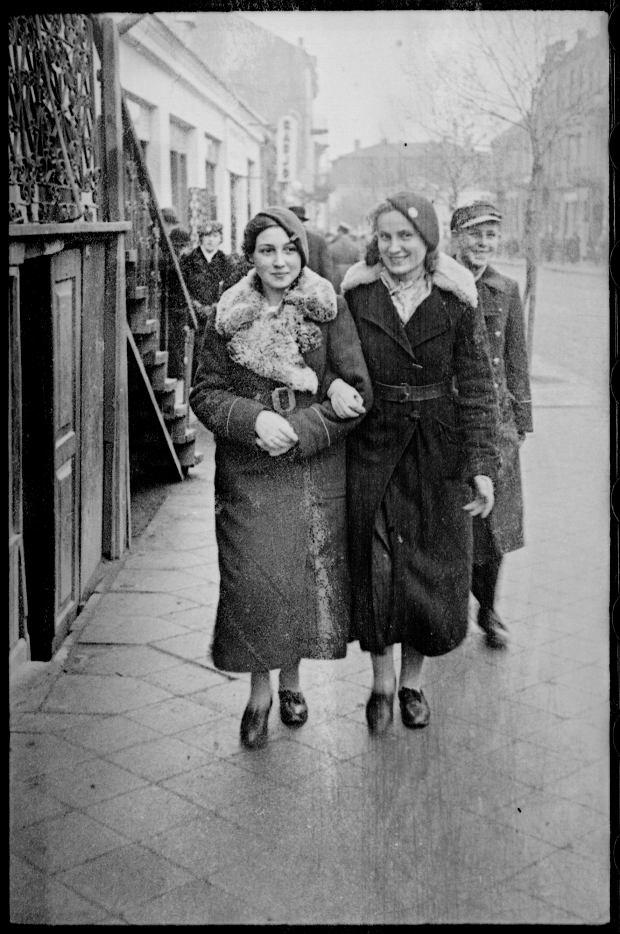 Zdjęcie numer 35 w galerii - Zdarzyło się... 1 listopada 1936 roku. Niepublikowane zdjęcia sprzed 81 lat