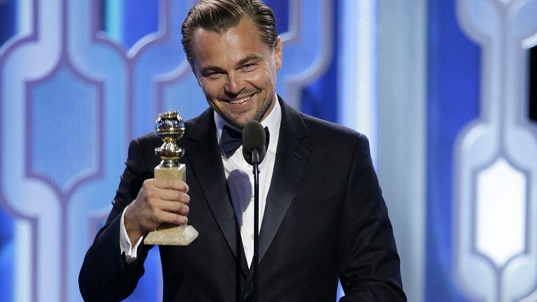 Złote Globy 2016 - Leonardo DiCaprio z nagrodą za rolę w filmie