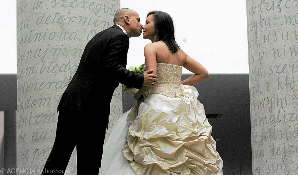 ślub Kościelny Młodzi Zawieszają Poglądy Na Kołku Bo Chcą