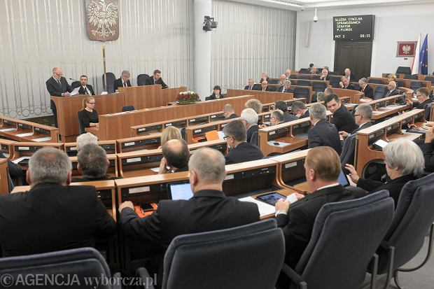 Senackie komisje popar�y ustaw� inwigilacyjn� bez poprawek