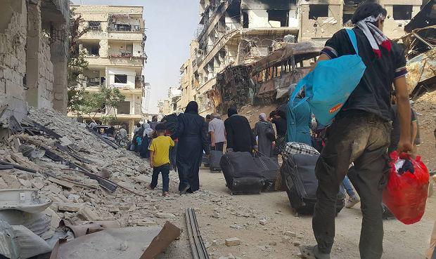 Mieszkańcy opuszczają przedmieścia Damaszku