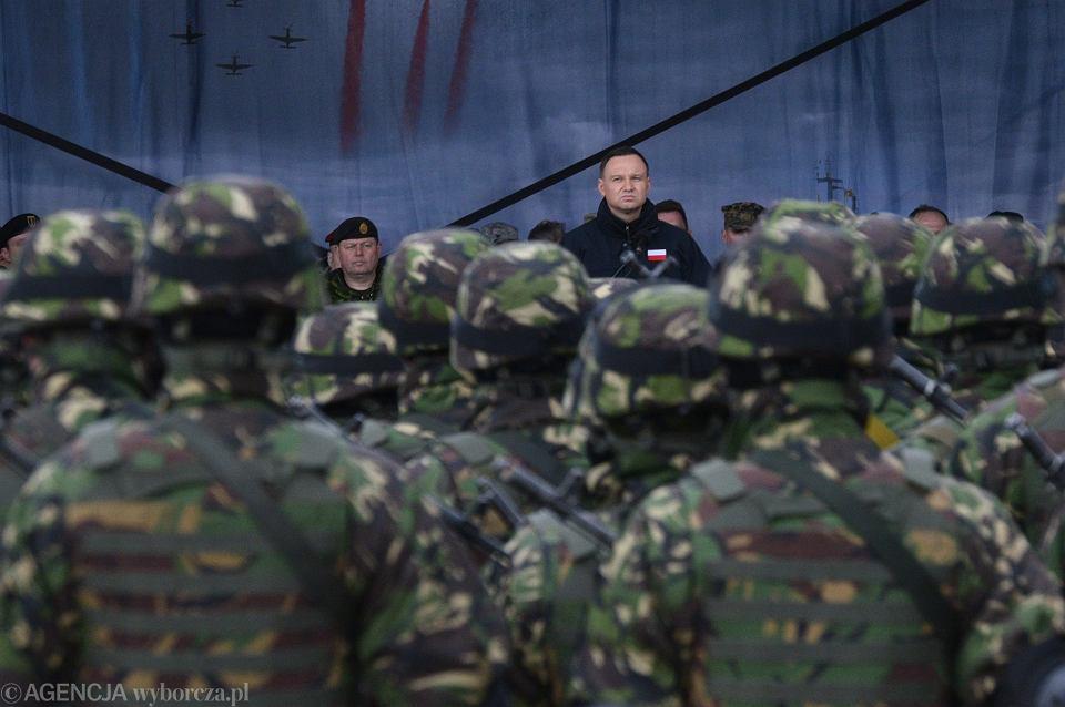 Prezydent RP Andrzej Duda w roli zwierzchnika sił zbrojnych, podczas oficjalnego powitania wojsk NATO w Orzyszu