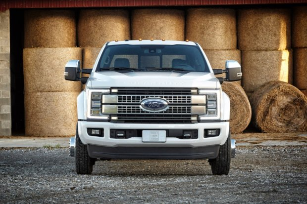 Ford Super Duty   Ameryka�ski twardziel