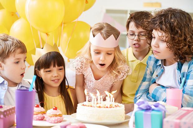 Wierszyki urodzinowe, czyli życzenia urodzinowe pełne rymów