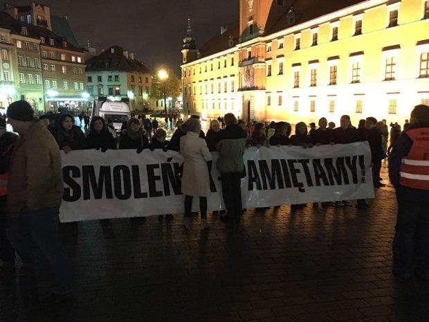 Kaczy�ski zapowiedzia� powr�t krzy�a na Krakowskie Przedmie�cie