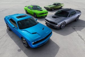 Salon Nowy Jork 2014 | Dodge Challenger | Shaker