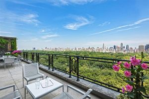 Sting sprzedał swój dwupoziomowy apartament w Nowym Jorku za 50 milionów dolarów