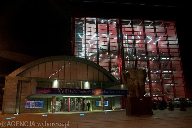 """""""Pi�kna Helena"""" Offenbacha w Operze Krakowskiej"""