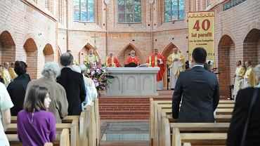 Msza święta. Zdjęcie ilustracyjne