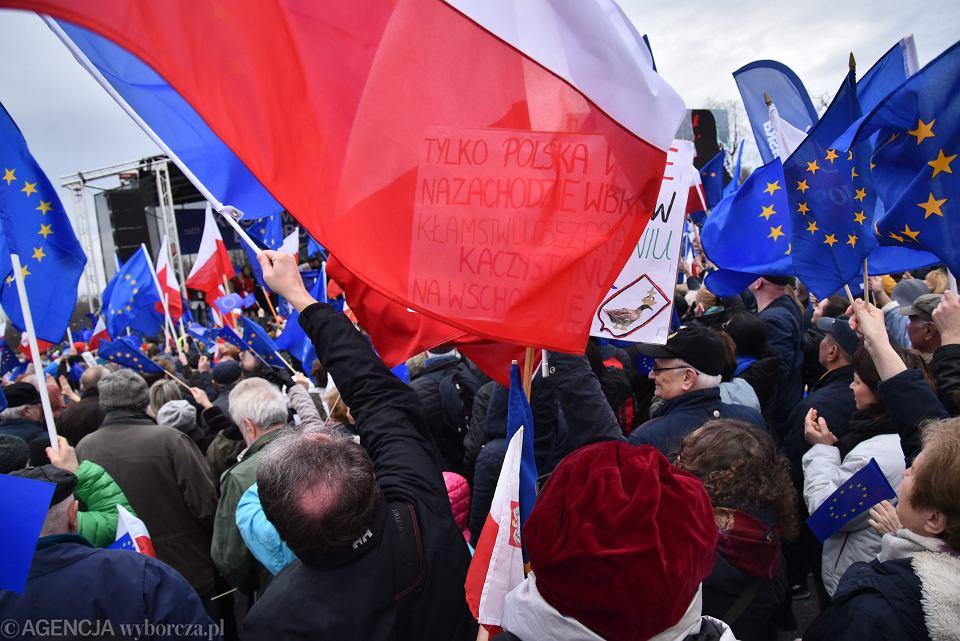 Marsz 'Kocham Cię, Europo'. Warszawa, 25 marca 2017 r.