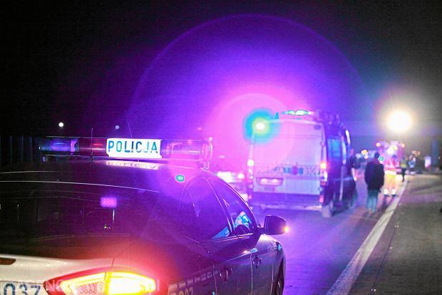 Strzelanina w Krakowie. Policja szuka 30-latka. Potrącił funkcjonariusza Straży Granicznej i uciekł