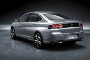 Salon Pekin 2016 | Peugeot 308 Sedan | Chi�czycy go pokochaj�