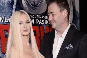 Jacek Rozenek z partnerką, Roksaną Gąską, na premierze filmu 'Pitbull. Ostatni pies'