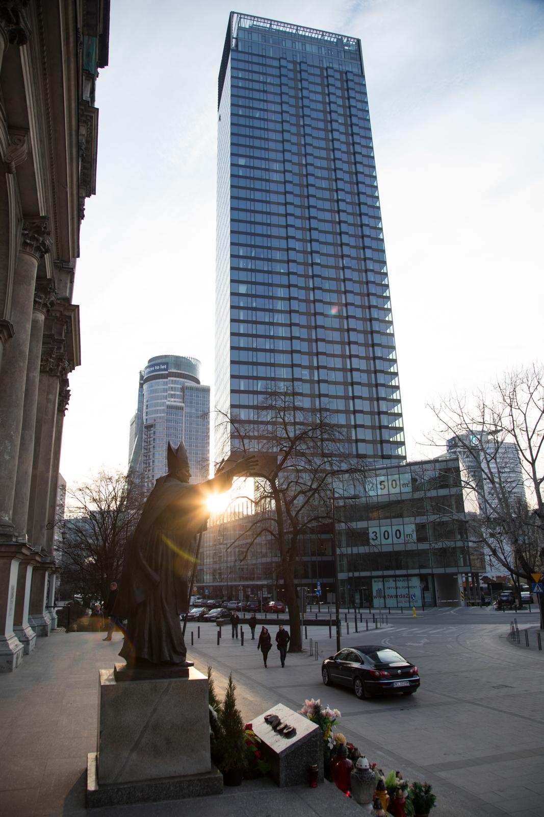 Cosmopolitan - apartamentowiec ma 160 m wysokości (fot. Luka Łukasiak)