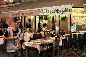 """Jak Biedronka uczy Polaków pić cydr. W 10 dni sprzedała pół miliona butelek. """"Polska może stać się potentatem"""""""