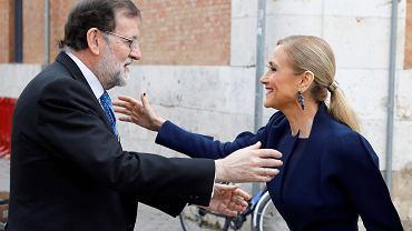 Szefowa samorządu Regionu Madrytu Cristina Cifuentes i premier Hiszpanii Mariano Rajoy przed ceremonią wręczania nagród literackich im. Cervantesa. Madryt, 23 kwietnia 2018 r.