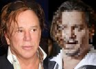 Gdy Johnny Depp pojawi� si� na premierze filmu, brytyjski dziennikarz stwierdzi�,  �e aktor zmienia si� w Mickeya Rourke. Czy tak jest faktycznie? Sprawdzili�my.