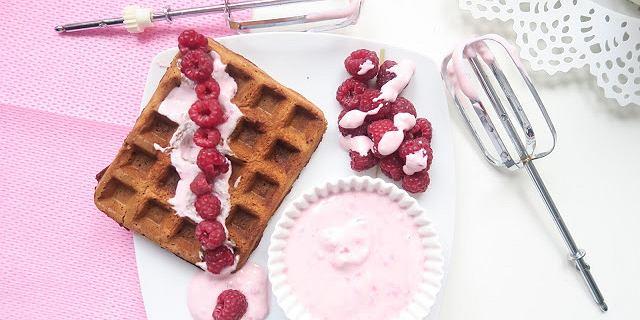 Deser na śniadanie? Tak! Blogerka Paulina Kuczyńska zdradza 5 ulubionych przepisów na słodkie fit śniadania