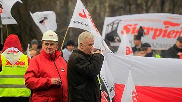 Dominik Kolorz podczas protestów związkowców na początku 2015 r.