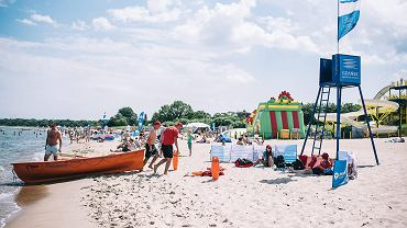 Ratownicy wodni. Plaża w Brzeźnie