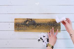 Pleciony wieszak string art na klucze. Piękna dekoracja, którą samodzielnie wykonasz w domu