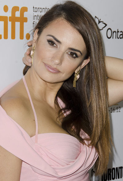"""Actress Penelope Cruz arrives at the premiere for the film """"Twice Born"""" at Roy Thomson Hall during the Toronto International Film Festival on Thursday, Sept. 13, 2012, in Toronto.  (Photo by Arthur Mola/Invision/AP)"""