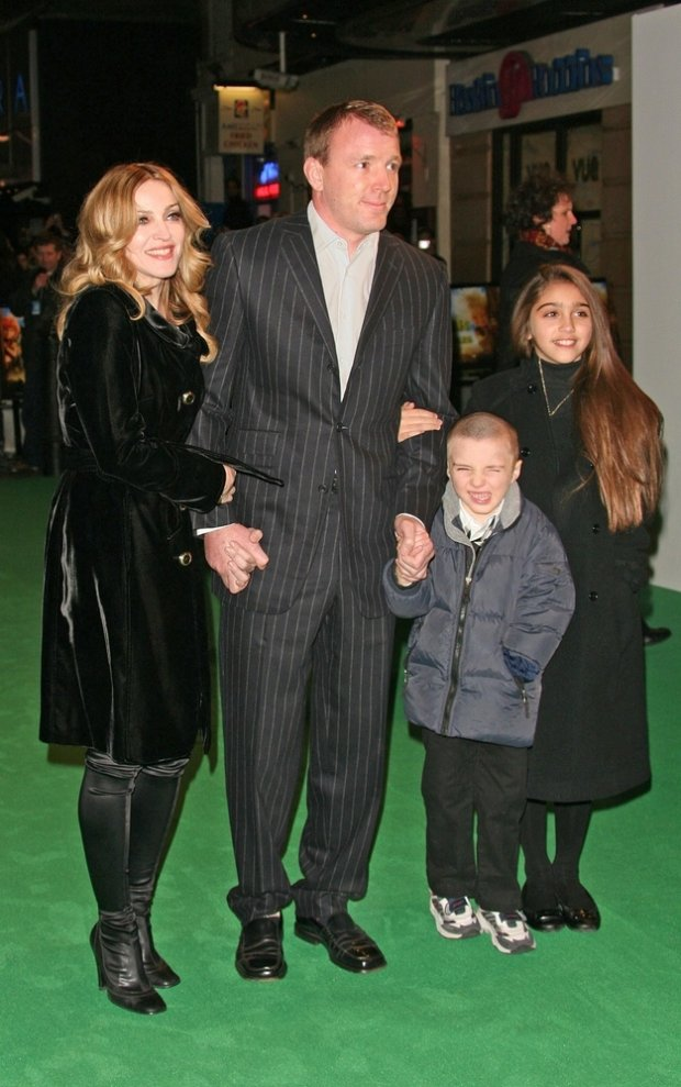 01/25/2007 - Guy Ritchie - Arthur and the Invisibles London Movie Premiere - The Vue Cinema West End - London, England - Keywords: ** Worldwide Rights ** Madonna Guy Ritchie Rocco and Lourdes -  - ** Worldwide Rights ** - Photo Credit: Photorazzi - Contact (1-866-551-7827)