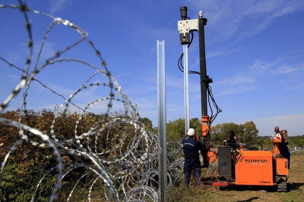 O północy Węgry zamkną granicę z Chorwacją