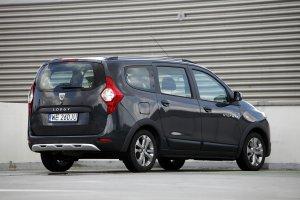 Funkcjonalne minivany za 20 tysięcy złotych