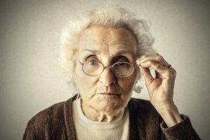 Superstulatki. Dlaczego kobiety żyją dłużej?