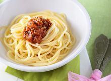 Spaghetti z sosem anchois - ugotuj