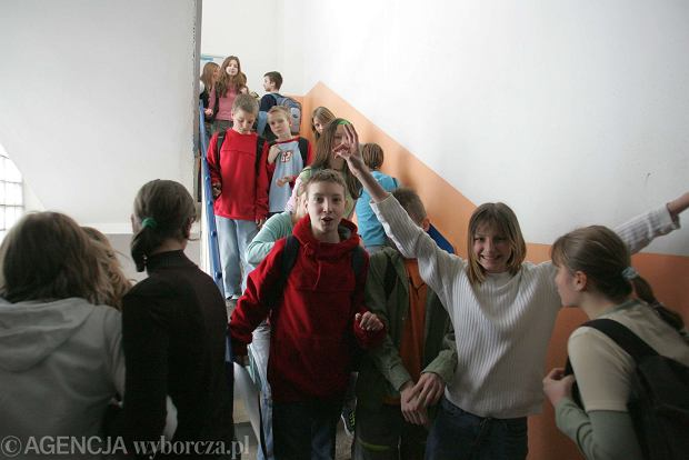 """Ranking """"DGP"""": Publiczne gimnazja nie są gorsze od prywatnych"""