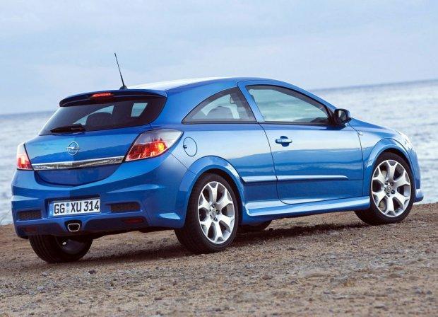 Opel Astra OPC 2005