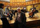 Czy IV Symfonia G�reckiego powt�rzy wielki sukces Trzeciej? Doko�czy� j�... syn kompozytora