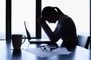 Malej�ce bezrobocie wp�ynie na skr�cenie czasu pracy?