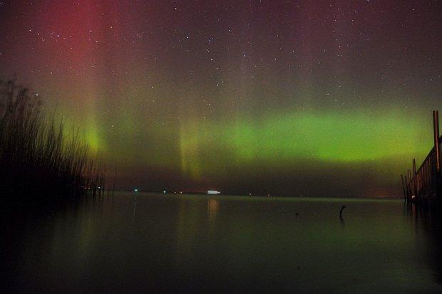 Widzieliście zorzę polarną? Niesamowite zjawisko było widać z okolic Szczecina [ZDJĘCIA]