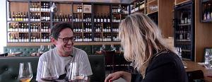 Winiarz z Polski podbija Londyn. Na czym polega tajemnica smaku jego wina? [DeGustacje]