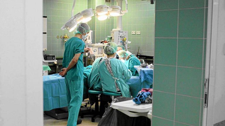 Sala operacyjna w Instytucie Matki i Dziecka
