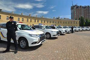 Ukraińska policja kupuje 635 hybrydowych Outlanderów