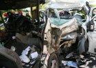 """Zmarła szósta ofiara wypadku. Jest śledztwo w sprawie zderzenia busów na Lubelszczyźnie. Szukają kierowcy 'blaszanego busa"""""""