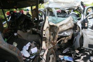 """Zmar�a sz�sta ofiara wypadku. Jest �ledztwo w sprawie zderzenia bus�w na Lubelszczy�nie. Szukaj� kierowcy 'blaszanego busa"""""""