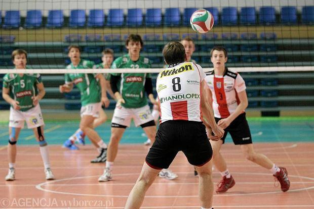 Mecz w Kortowie o I miejsce w turnieju p�fina�owym mistrzostw Polski junior�w. AZS UWM - Resovia 3:2